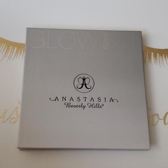 Anastasia Beverly Hills Other - 💫💥GLOW KIT GLEAM💫💥
